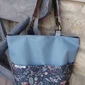 En verano, me gustan más los bolsos que las mochilas.  Asa corta en piel y larga en algodón para que lo lleves como quieras. #bolsosespeciales #bolsosunicos #bolsosoriginales #diseñopropio #hechoamano #handmade #artesanía #productolocal #dekorainn